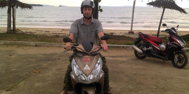 Мотобайк в Сиануквиле